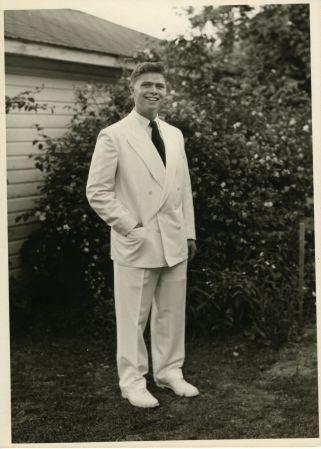 Bert White070