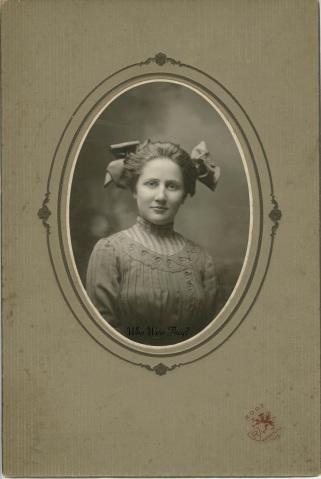 Miss Anna Solomon